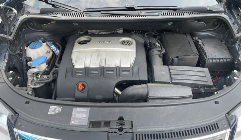 Volkswagen Touran Highline 2,0 TDI voll